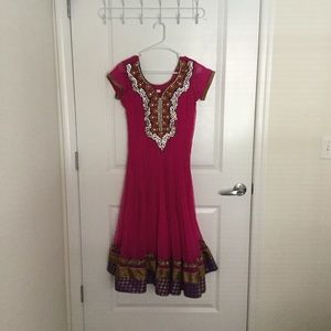 Indian wear - Salwar kameez / Chudidar
